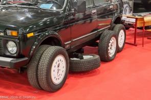 На ММАС-2016 показали 12-колесную LADA 4х4